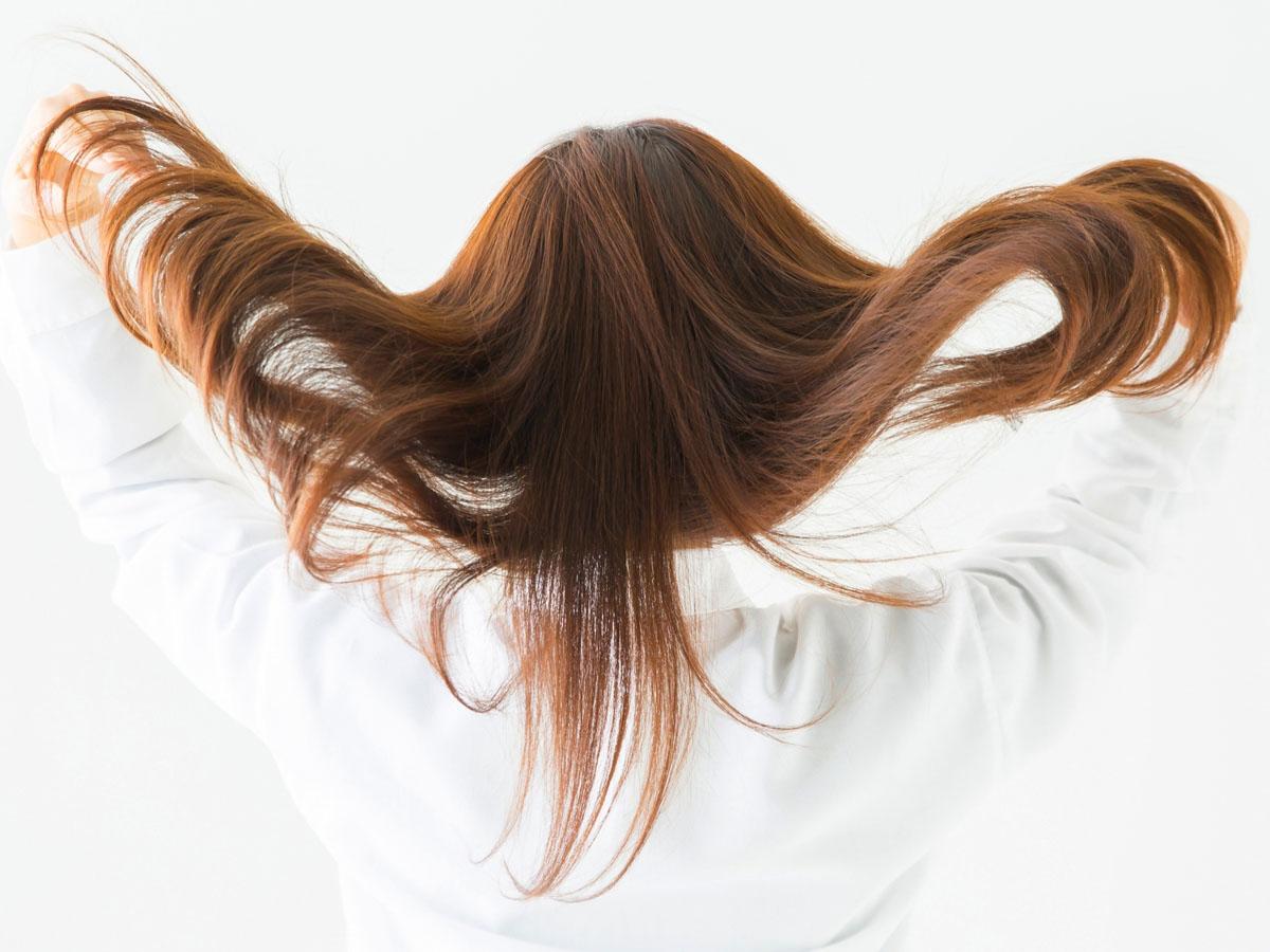 サラサラ髪になる頭皮マッサージの効果8つ